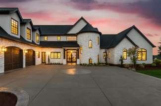 Green Bluff Homes